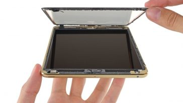 """The Teardown Of An iPad Mini Reveals Insight On The """"Jelly Scrolling"""" Issue"""